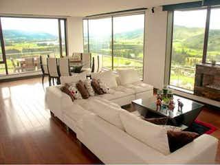 Casa Campestre en venta en Sopó, 785mt con piscina