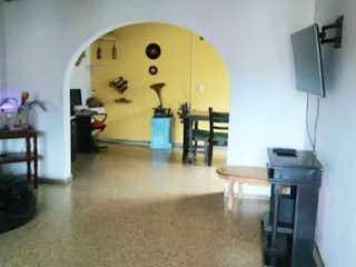 Apartamento en venta de 136m2 en el centro de Medellin