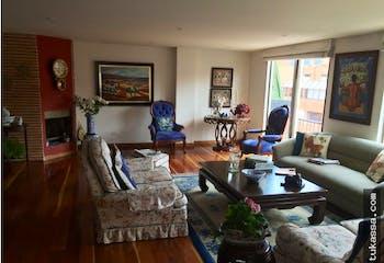 Apartamento duplex en venta, Santa Barbara-Bogotá, cuenta con 3 habitaciones