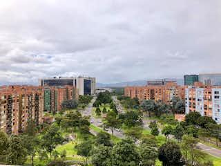 Una vista de una ciudad con edificios altos en el fondo en Apartamento en venta en Ciudad Salitre Oriental de 5000m² con Bbq...