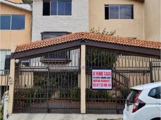 Casa en Venta en Jardines de Satelite Naucalpan de Juárez