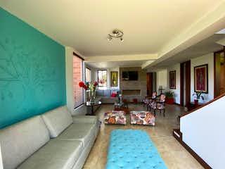 Casa en venta en Cajicá, 420mt de dos niveles