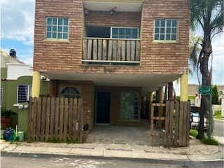Casa en venta en Paseo De La Cañada de 4 alcobas