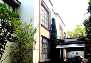 Casa en venta Lomas de Chapultepec, ideal para remodelar