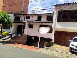 Casa en venta en Conquistadores de 550m² con Balcón...
