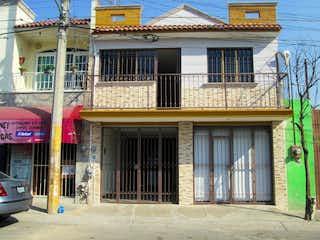 Casa en venta en Res Camichines de 3 hab.