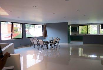 Casa en venta en Lomas De La Hacienda de 460 mt2.