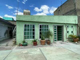 Casa  en venta a 10 minutos de la central de abastos, Col. San Pedro, Iztapalapa