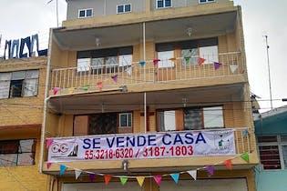 (Bajo de Precio) Inversionistas Vendo Edificio Frente a Parque Huayamilpas