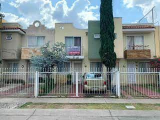 Casa en venta en Fracc Real Del Bosque 85m²