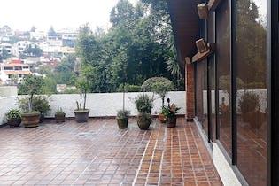 Casa en venta en Bosques de las Lomas para remodelar
