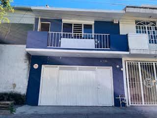 Casa/Taller/Bodega en Guadalajara.