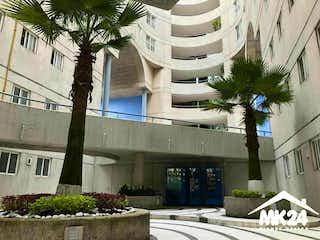 """Departamento en planta baja con jardín privado en """"Boscoso"""""""