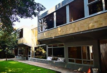 Casa en venta 544 m2 en Santa Catarina, con acabados de lujo