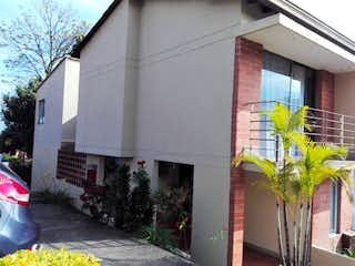 Casa en venta en Envigado Loma de Las Brujas
