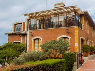 Montearroyo Grandiosa Casa