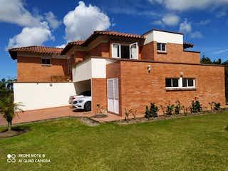 Se Vende Casa Campestre En Loma Del Escobero