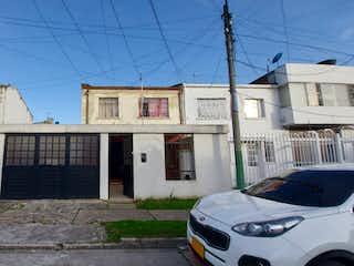 Casa lote en Ferrocajas Fontibon, Excelente ubicacion