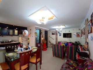 Casa en venta en Santa Isabel, 108mt de tres niveles