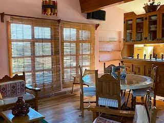 Casa en venta en San Francisco Tlalnepantla, 390m² con Zonas húmedas...