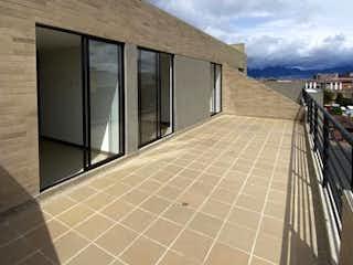 Una vista de un edificio desde el lado de un edificio en Espectacular Duplex fontibon estrenar, Apartamento en venta en Capellania con acceso a Gimnasio
