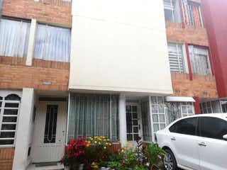 Casa en venta en Milenta de 4 habitaciones