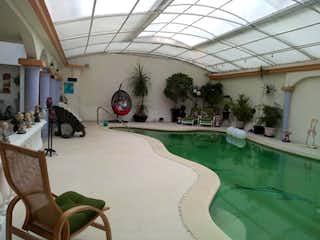 Casa en venta en Lomas De Tecamachalco, 402m² con Piscina...