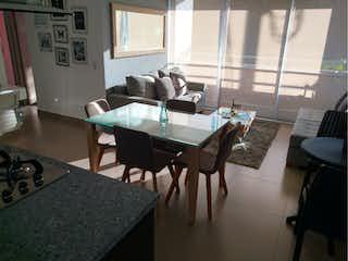 Una sala de estar llena de muebles y una mesa en Ventus, Apartamento en venta en Sector Los Colegios de 3 hab. con Zonas húmedas...