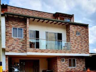 Casa en venta en Salvatorianos 230m² con Zonas húmedas...