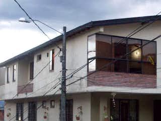 Vendo Linda Casa Robledo 100 mts