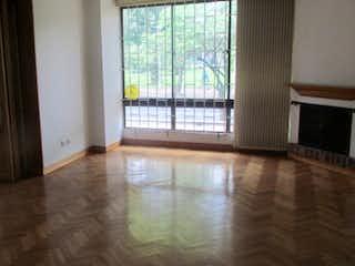 Apartamento en venta en El Virrey, 186mt