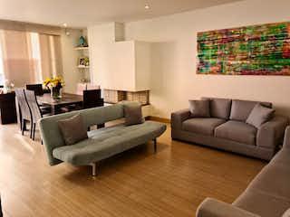 Apartamento en venta en El Virrey, 113mt con balcon