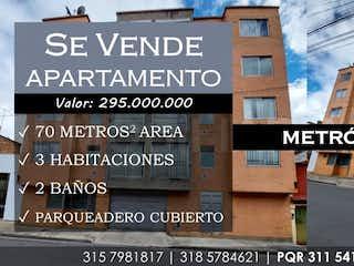 Un montón de señales callejeras en un poste en Apartamento en venta en Simón Bolívar de 70m²