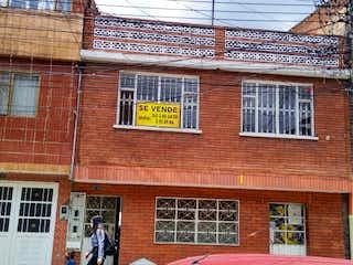 Casa en venta en El Encanto de 8 hab.