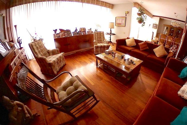 Portada Excelente casa para remodelar en La Herradura