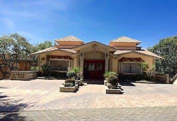 Hermosa Residencia en CLUB DE GOLF VALLE ESCONDIDO