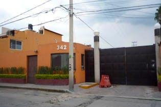 Casa en Condominio  Lomas Estrella  2,500,000
