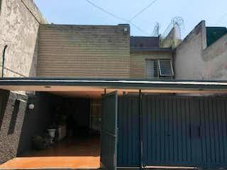 Militar Marte, Casa en venta en Gabriel Ramos Millán 235m² con Jardín...