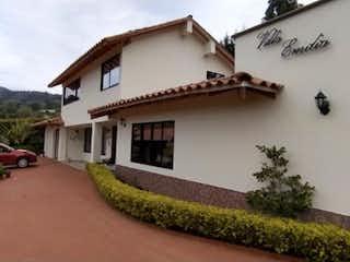 Exclusiva casa campestre en Guarne en venta
