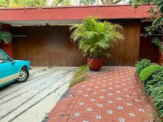 Casa en venta en San ángel con acceso a Jardín