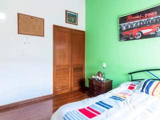 Casa en venta en Iberia de 4 hab. con Gimnasio...