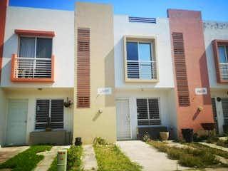 Casa en venta en Fracc Camino Real de 90m²
