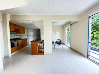 Duplex, Apartamento en venta en Loma Del Escobero con Piscina...