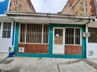Casa en venta en Bosa San José de 3 habitaciones