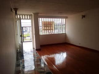 Casa en venta en Ciudad Salitre Oriental de 4 alcoba