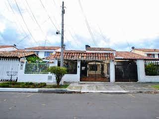 Casa en venta en Julio Flórez, 142m² con Zonas húmedas...