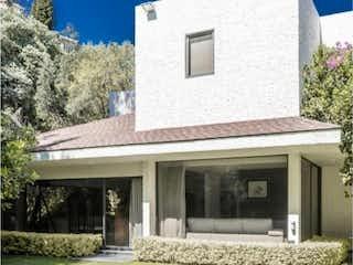 Casa en venta en Lomas Anahuac de 3 alcoba