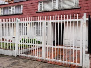 Casa en venta en Puente Largo, 229m²