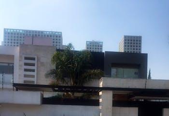 CASA Preciosa y Prácticamente Nueva Residencia en Laureles