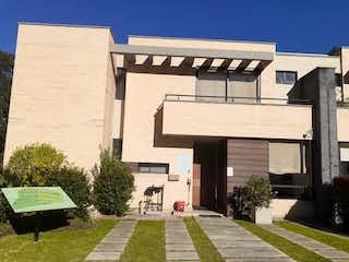 Casa en venta en Chuntame, 173m² con Jardín...